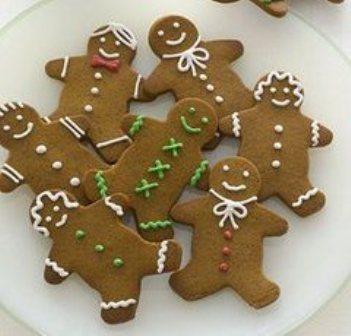 Biscotti Allo Zenzero Di Natale.Biscottini Di Natale Allo Zenzero Ingredienti E Preparazione Dolce