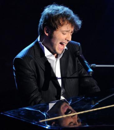 Raphael Gualazzi, il vincitore della 61^ edizione di Sanremo della categoria giovani