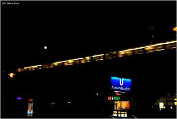 Berlino- Alexanderplatz di notte (Foto di Chiara Rossi)