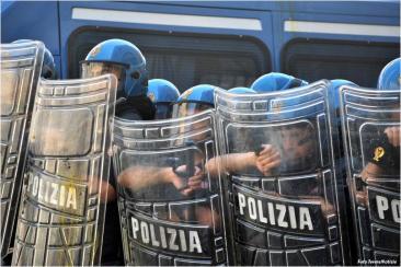 Manifestazioni Cobas e Usb davanti Montecitorio (Fotoreportage Chiara Rossi)