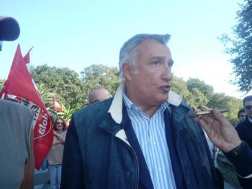 Piero Marrazzo partecipa al corteo di protesta contro la discarica a Riano (Fotoreportage di Ilaria Misantoni)