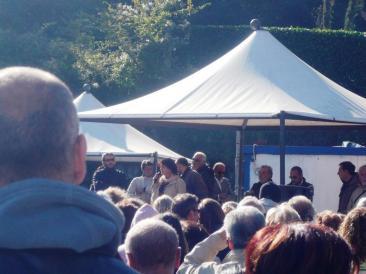 Nella foto di home page: un momento dell'assemblea - Nella foto interna: l'intervento del sindaco Ricceri (Foto di Ilaria Misantoni)