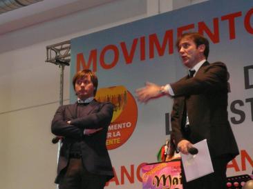 Nella foto di home page: Zamparini taglia la torta al termine degli interventi - Nella foto interna: Alberto Goffi e Ilario Di Giovanbattista (Fotoreportage di Ilaria Misantoni)