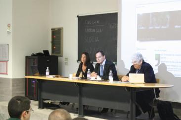 Da sinistra: L'avv. Carnicelli, Carlo Parlanti e l'avv. Faraon (Foto: Il. Mis.)