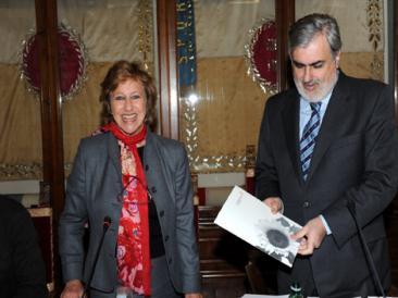 Nella foto la professoressa Anna Patrizia Jesi