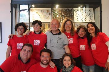 Nella foto: lo staff e il direttore del Museo del Fiume Umberto Pessolano (al centro)