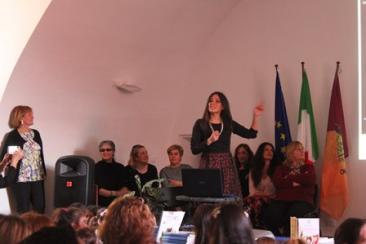 La presentazione dei lavori degli allievi premiati (Foto: TevereNotizie)