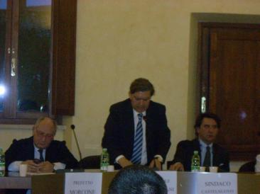 Il Prefetto Morcone, il senatore Cicolani e il sindaco Stefoni (Foto: cat. fa.)